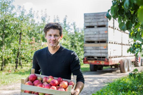 Oxfam Frederik Defrere Bio In Omschakeling